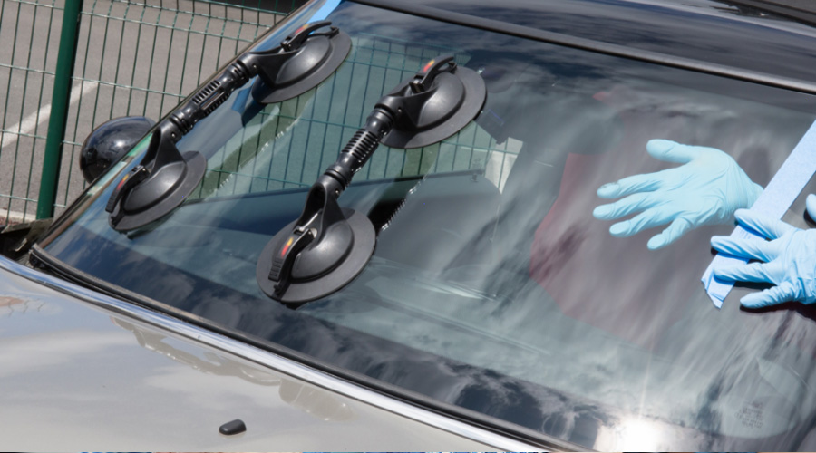 The Pilkington Clear Advantage Auto Glass Technician Competition (AGTO)