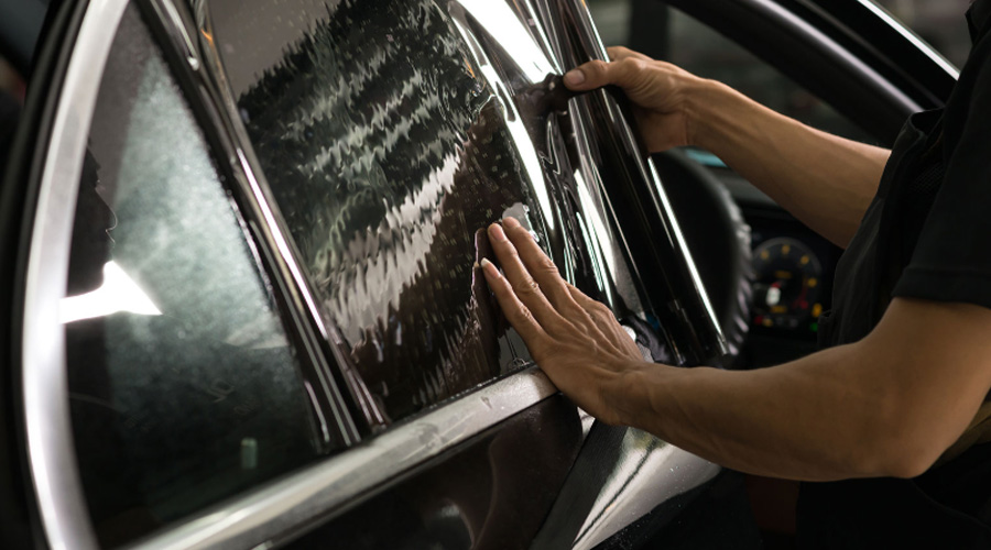 Auto Glass Tint-Off Competition