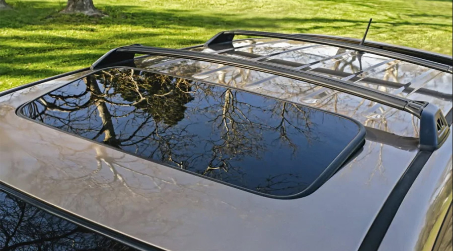 Laminated glass offers superior protection than tempered for exploding sunroofs