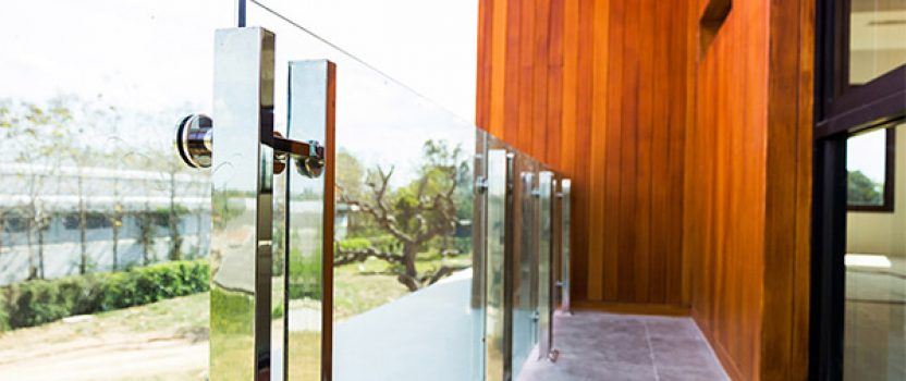 Understanding the difference between tempered and regular glass