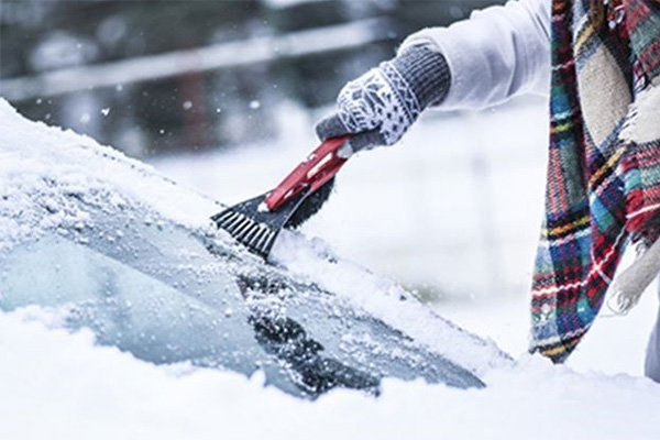 Before extreme cold arrives, check your windshield for minor cracks