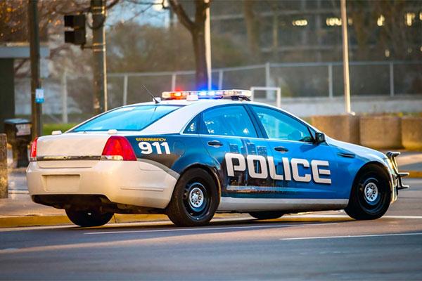 Deputy safe after rock thrown at windshield causes crash