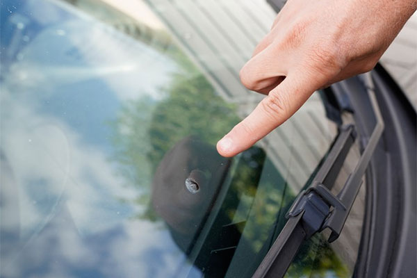 Windshield repair kits may cause more problems than they solve